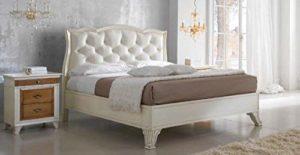 Lit double avec tête de lit capitonnée en cuir ivoire, vintage, 136 x 210 x 170 cm, pour sommier 160 x 190 cm, 42 kg.
