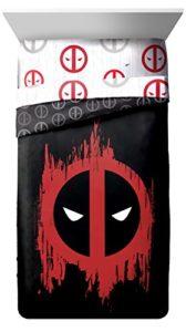 Marvel Deadpool Invasion 4pièces Reine de lit