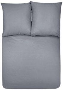 AmazonBasics Parure de lit avec housse de couette en microfibre, Gris foncé, 260 x 240 cm