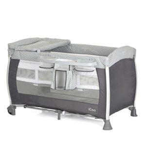 iCOO Starlight Lit Parapluie de la Naissance jusqu'à 15 kg, avec Table à Langer, Sac de Rangement pour Couches, Niveau Nouveau-Né, Roues, Sac de Transport, Pliable Compact – gris